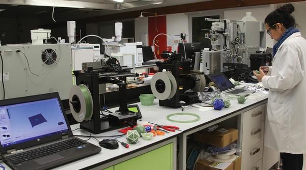 3D 4D printing lab